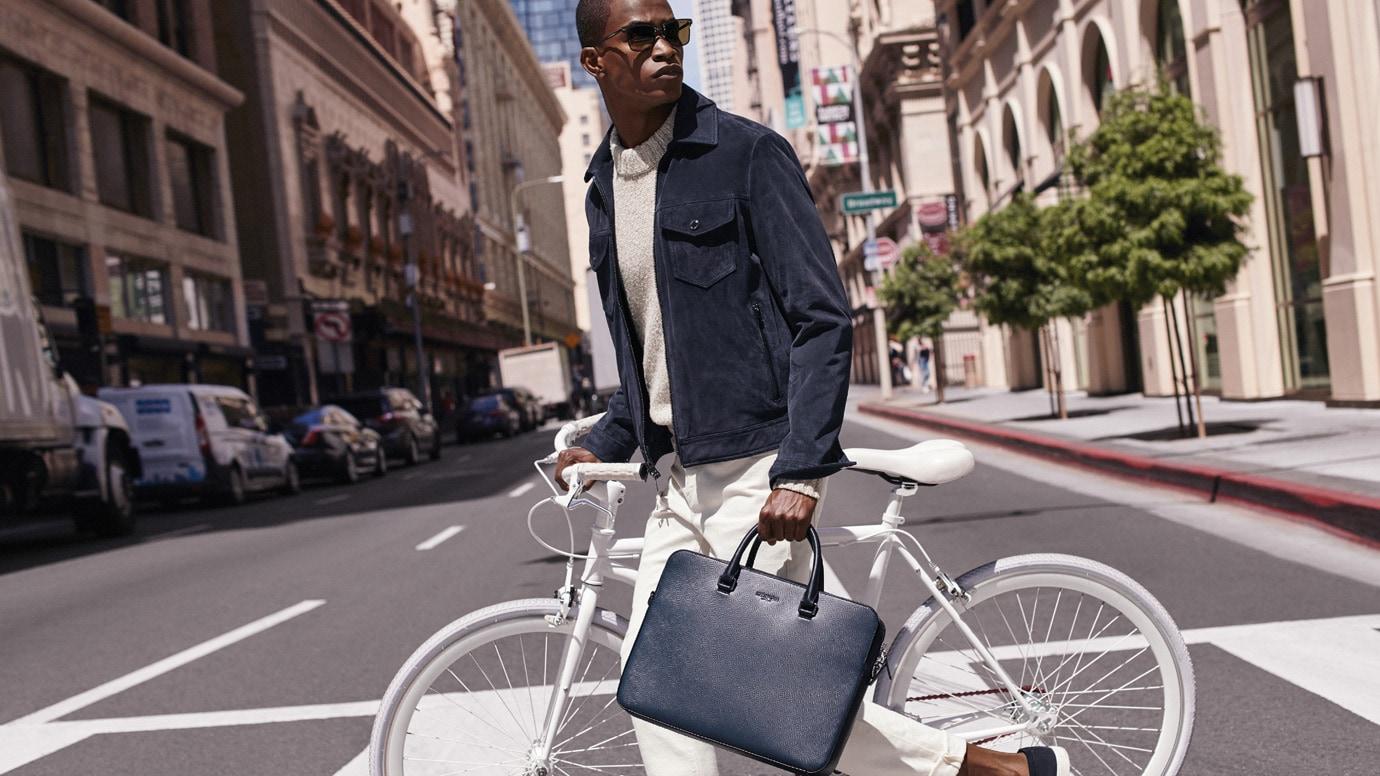 63fa1319c Michael Kors USA: Designer Handbags, Clothing, Menswear, Watches ...